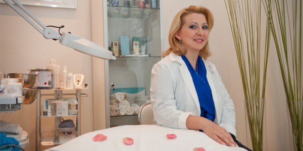 1 Master aesthetician & Caruna Spa co-owner, Una Milisavljevic
