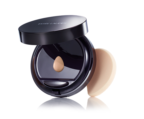 double-wear-to-go_product-shot_compact_global_expiry-september-2016